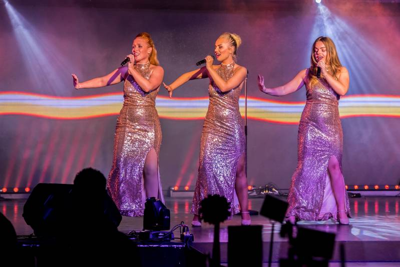 Motown trio for hire