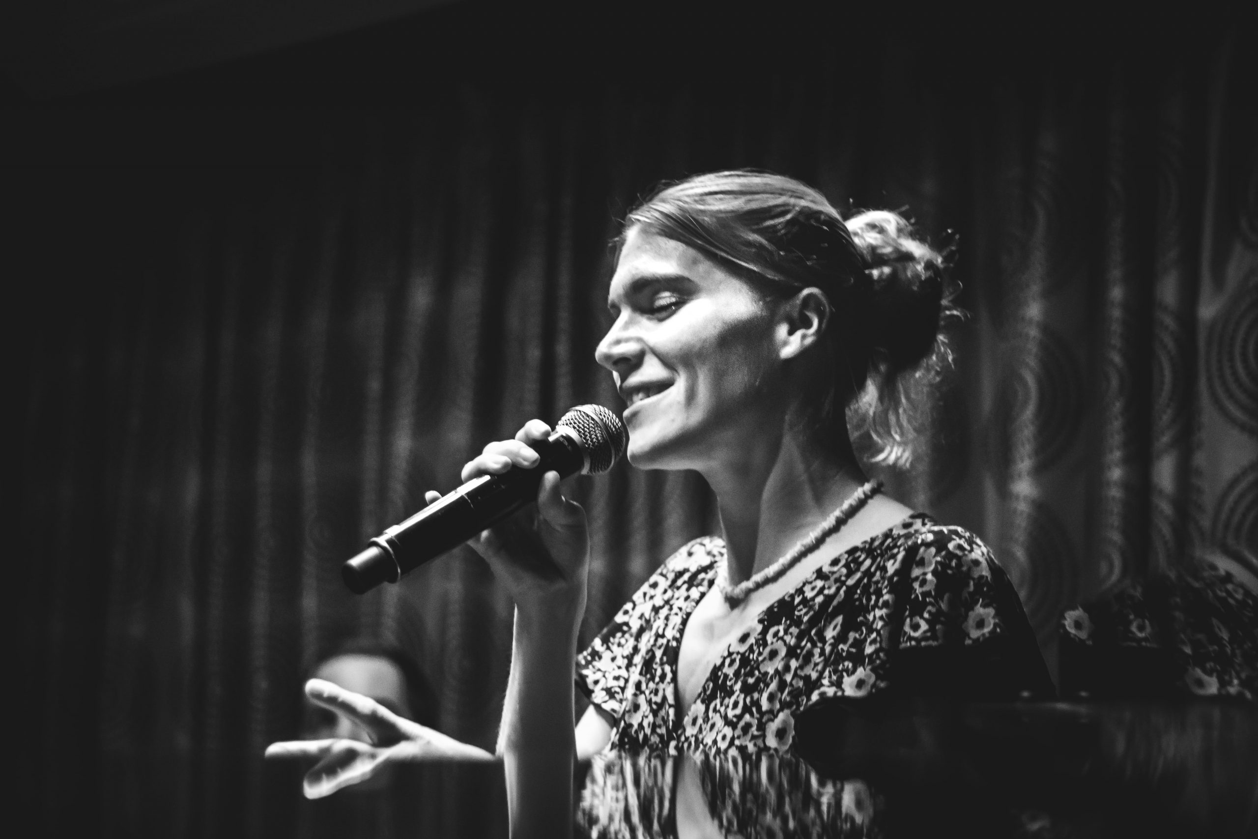 Jazz singer for hire