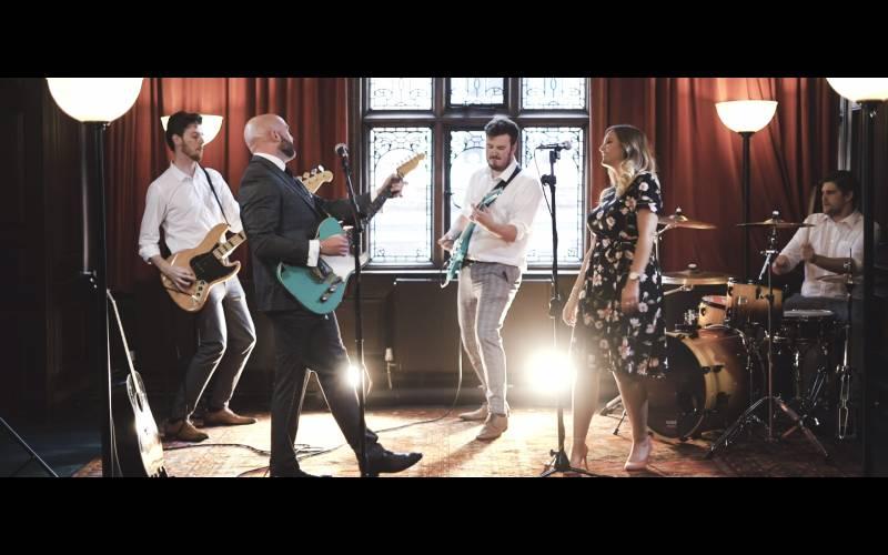 Cheshire wedding band