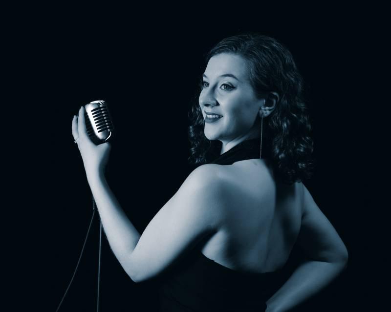 Female vintage singer for hire